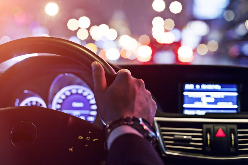 Recomendaciones para conducir de noche